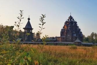 Деревянные храмы вокруг Петербурга